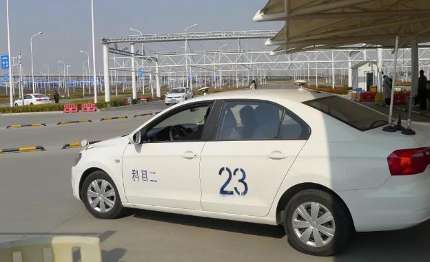 还没考驾照的咸宁人要哭了 4月1日起 驾考将有重大变化