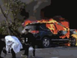平潭一摩托车逆行撞爆SUV 摩托车骑手身亡