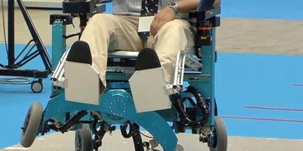 美华裔师生研究机器人轮椅 夺MIT发明基金