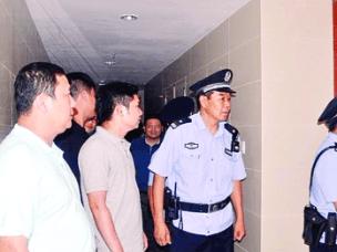 惠城13个行动组地毯式清查可能为制毒窝点部位