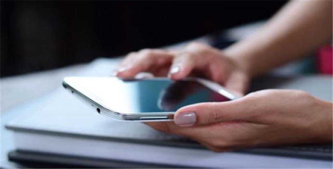 互联网手机进下半场 靠生态化反和情怀还能挺住
