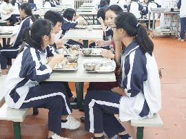 学校食堂暑期整改不过关  秋季开学禁供餐