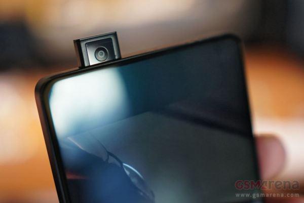 vivo APEX全面屏概念机 升降摄像头超高屏占比