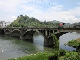 浸潭大桥和千禧桥学会美颜啦,滨江一河两岸美炸天