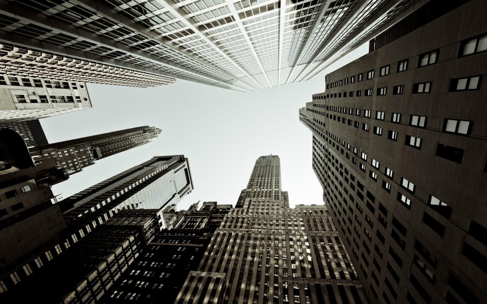 监管新架构下楼市健康发展和风险释放如何拿捏?
