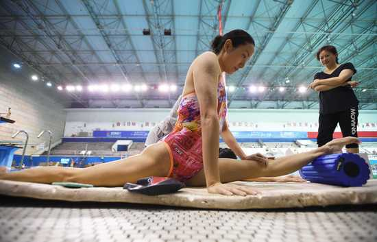体能练习是姐妹俩回归赛场后的第一道坎。