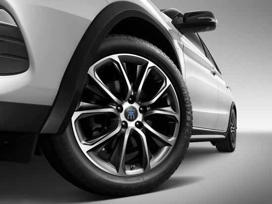 续航里程提升 比亚迪新款宋EV400官图发布