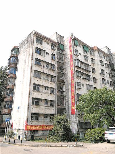 深圳出台棚户区改造意见稿 政府将主导拆旧建新工作