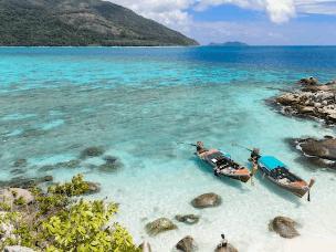 天气这么热,请假去东南亚海边发发呆