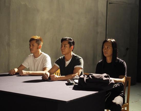 草蜢《上天关了一扇门》MV 歌词令他们忆起已故恩师梅艳芳