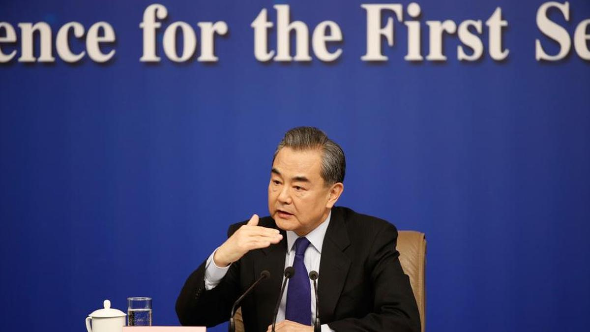王毅就中国外交政策等问题答记者问