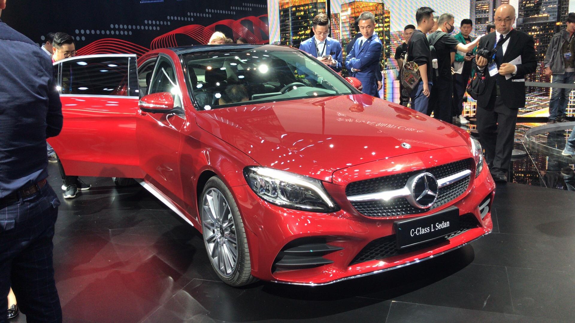 沿用海外版设计 国产新款奔驰C级亮相