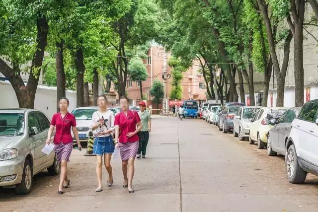 武汉颜值最高的村子,走两步就能偶遇空姐空少!