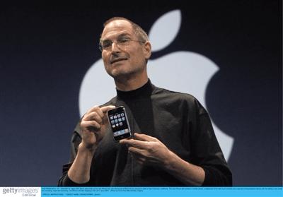 """苹果十年""""中国结"""":十年间苹果在中国市场走下神坛"""