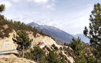 自驾去西藏选什么样的车比较合适?