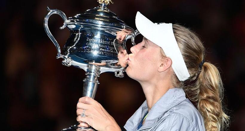 打崩哈勒普!丹麦甜心澳网夺冠一刻释怀了