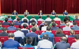 南川书记丁中平:锁定目标 精准施策全面发力