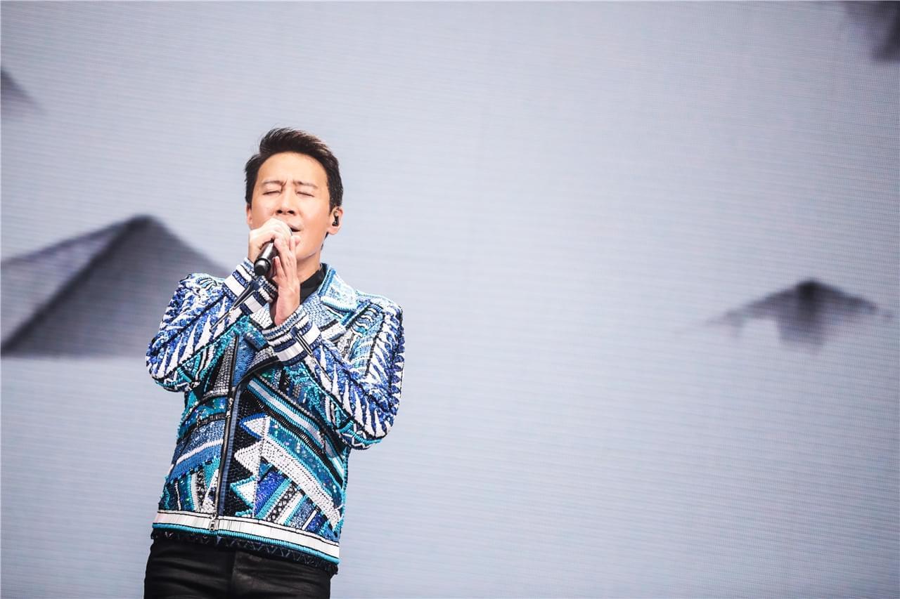 黎明演唱会遭骗薪主办方受谴责 护歌迷坚持开唱