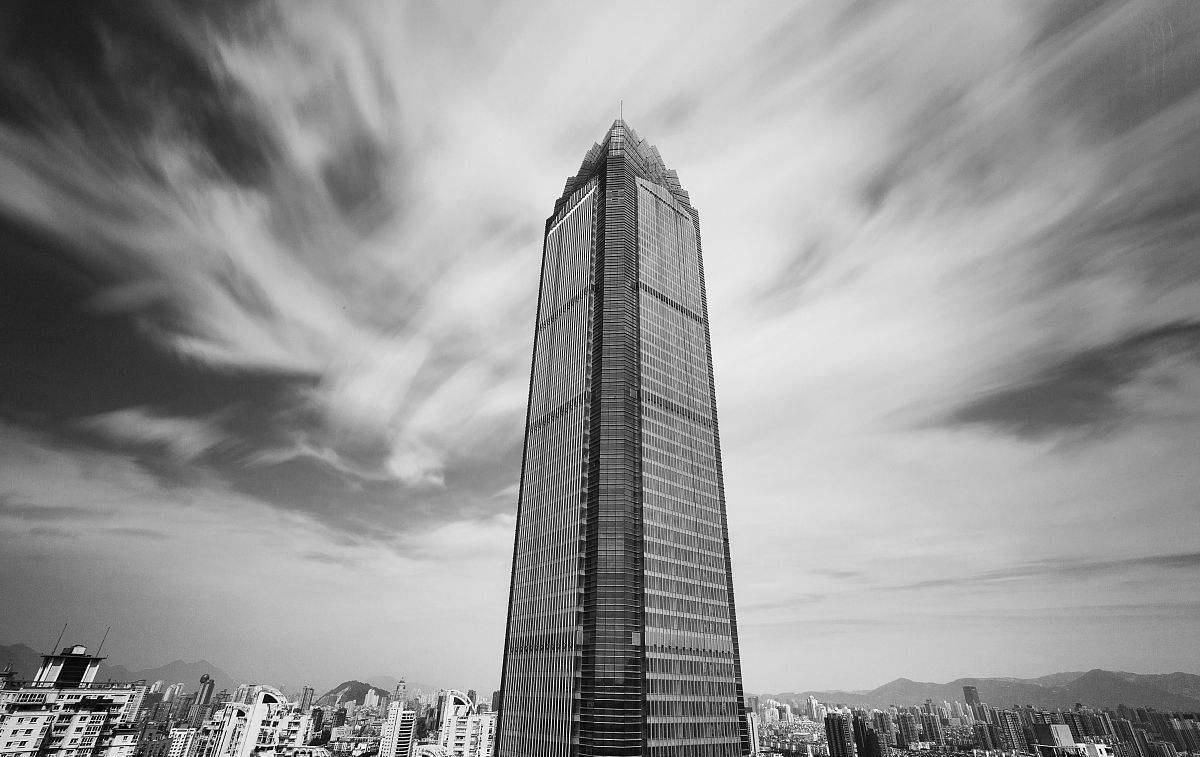 温州世贸大厦象征着当地的民营奇迹,却在2011年被阴影笼罩