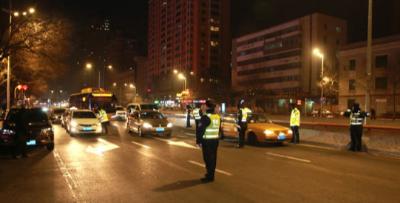哈尔滨开展大整治遏制交通违法行为
