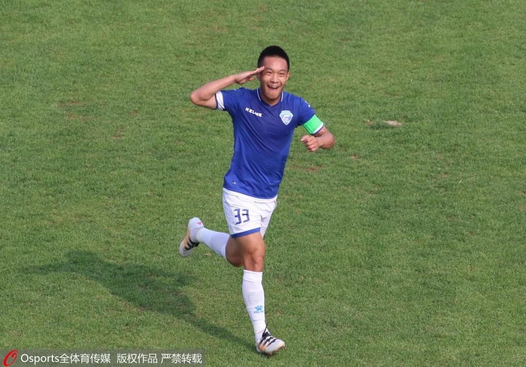 9年辗转7队经历2次退赛,他们才是中国足球最受伤的人
