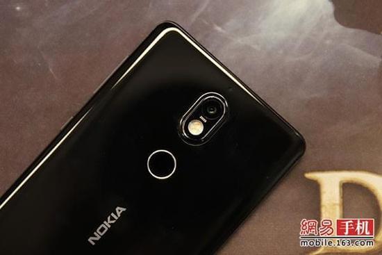 蔡司镜头Nokia 7评测:拍照性能表现均有提升