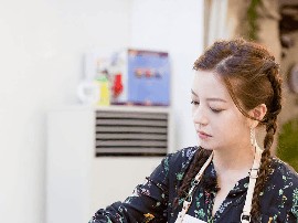 赵薇《中餐厅》 聊教育理念 可爱有原则获赞