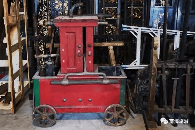 南海有个堪比博物馆的私藏家 竟珍藏上千件稀世古董
