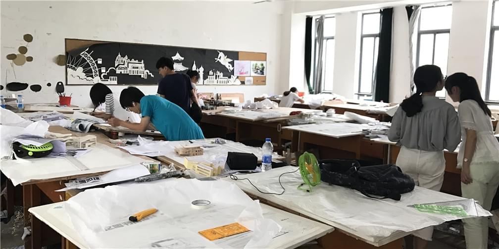 惊呆了!建筑学院学生绘画技能堪比画神