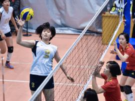 石家庄十五中男女排球队分获河北中学生排球