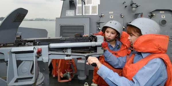 比中国056舰咋样?韩女团登上仁川级护卫舰