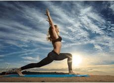 修生养性选瑜伽 练习时需注意这些