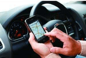 网约车新规施行 预估4000网约车司机将转专职