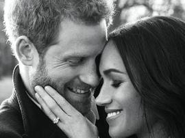 英王室公布哈里王子和未婚妻订婚照 亲密恩爱