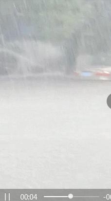 东莞多个高速路出入口受水浸影响 小车不能通行