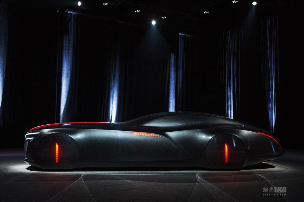 新车标新设计 红旗全新概念车将23日亮相