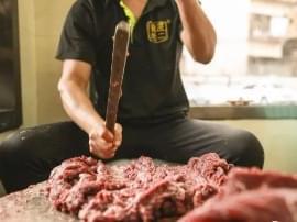 """飞厦老二手槌牛肉丸:食指跟拇指""""OK""""出来的牛肉丸!"""