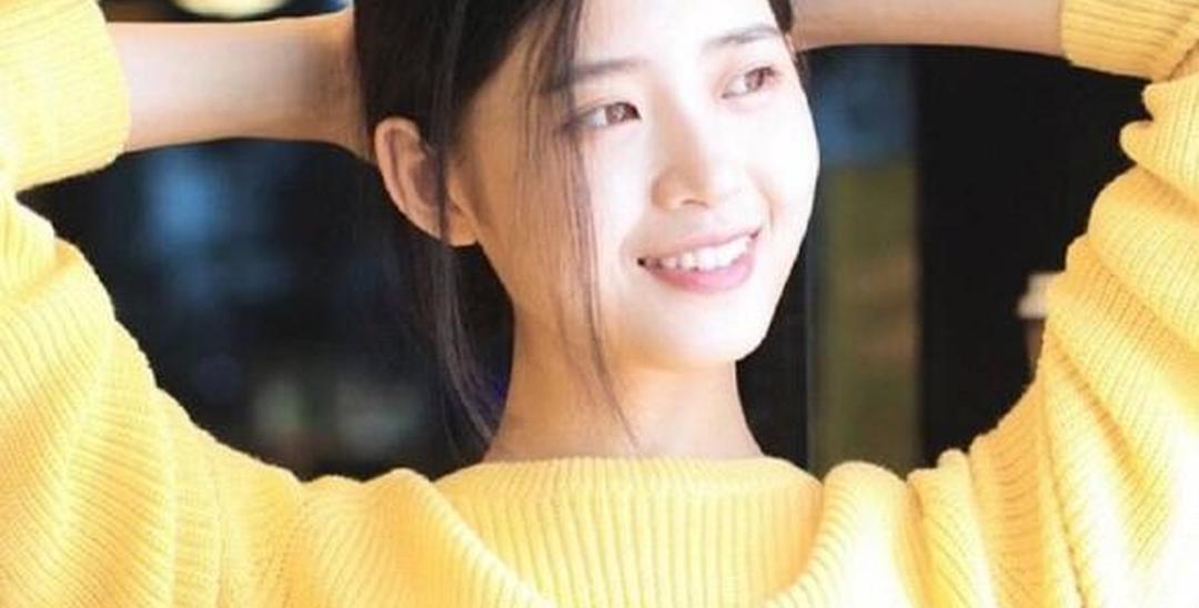 杭州师范大学大三女生晒写真