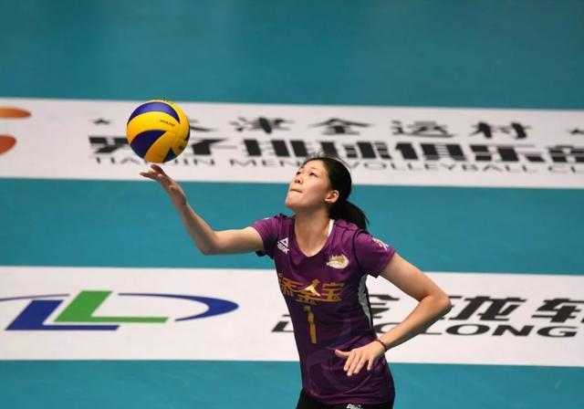 女排联赛-李盈莹对轰金软景 哪一队能取得决赛首胜?
