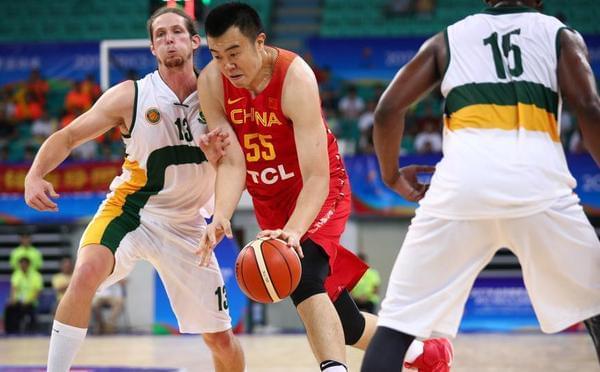 金砖篮球赛:中国90-61南非 韩德君17分