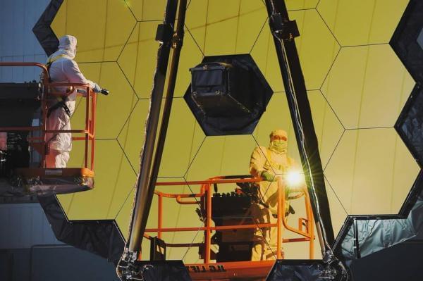 最大太空望远镜完工