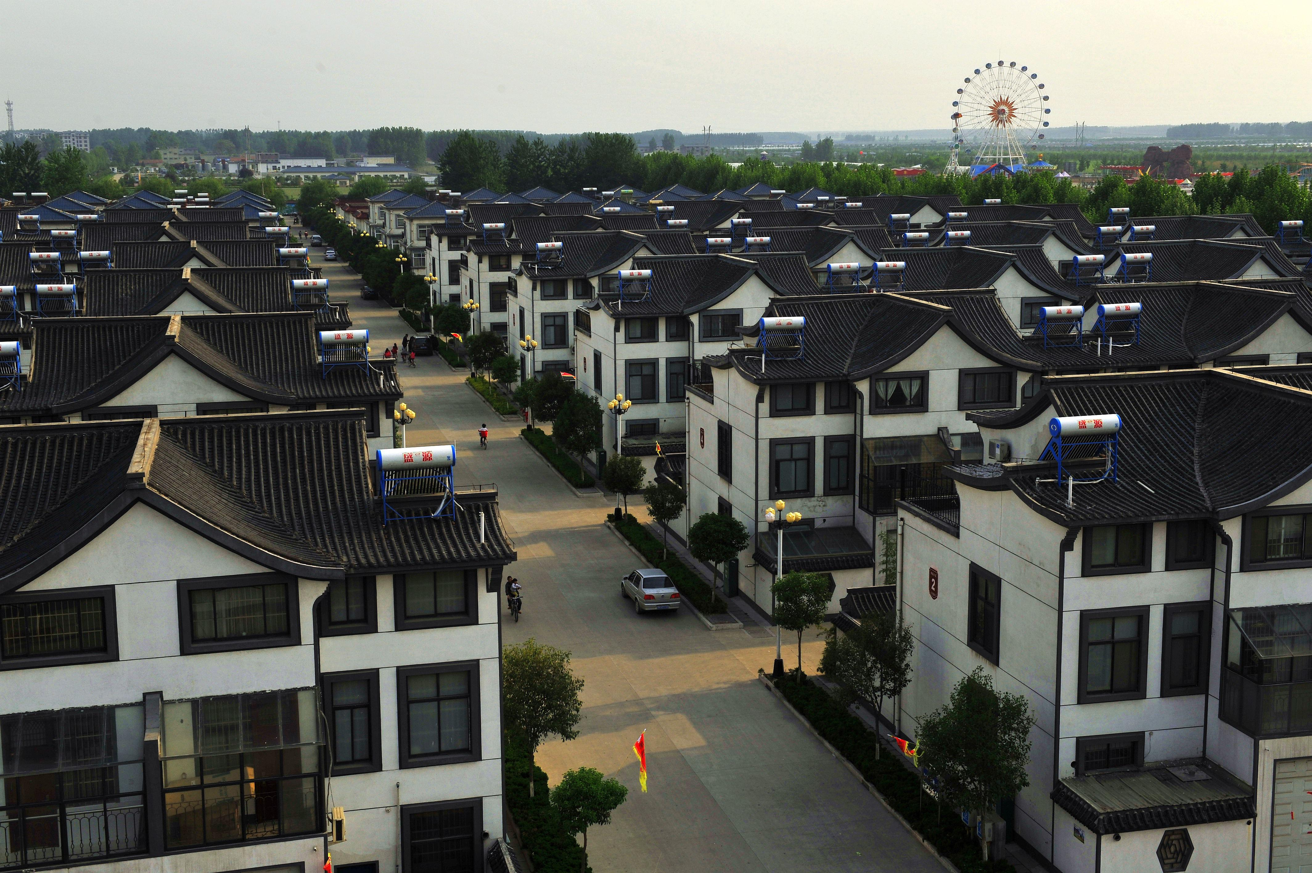 山东一村庄十几年房价不涨 花5万元可买100平房子