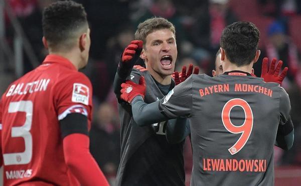 罗本传射建功莱万两球 拜仁3-1逆转美因茨