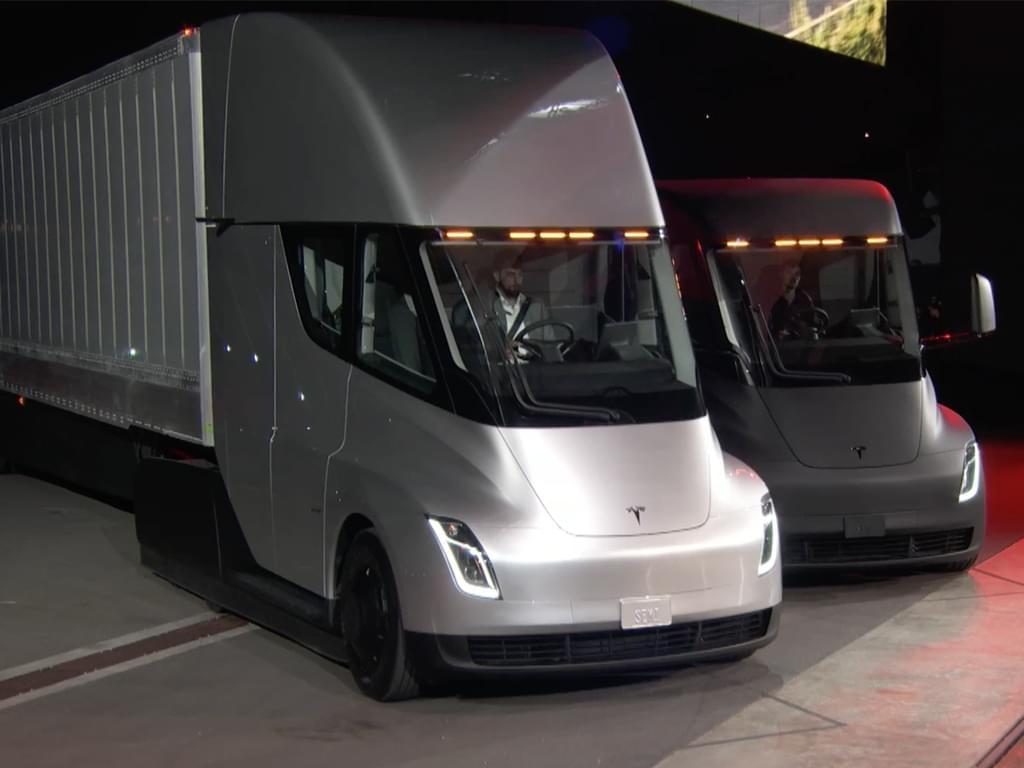 电动卡车2019年量产 特斯拉semi正式发布
