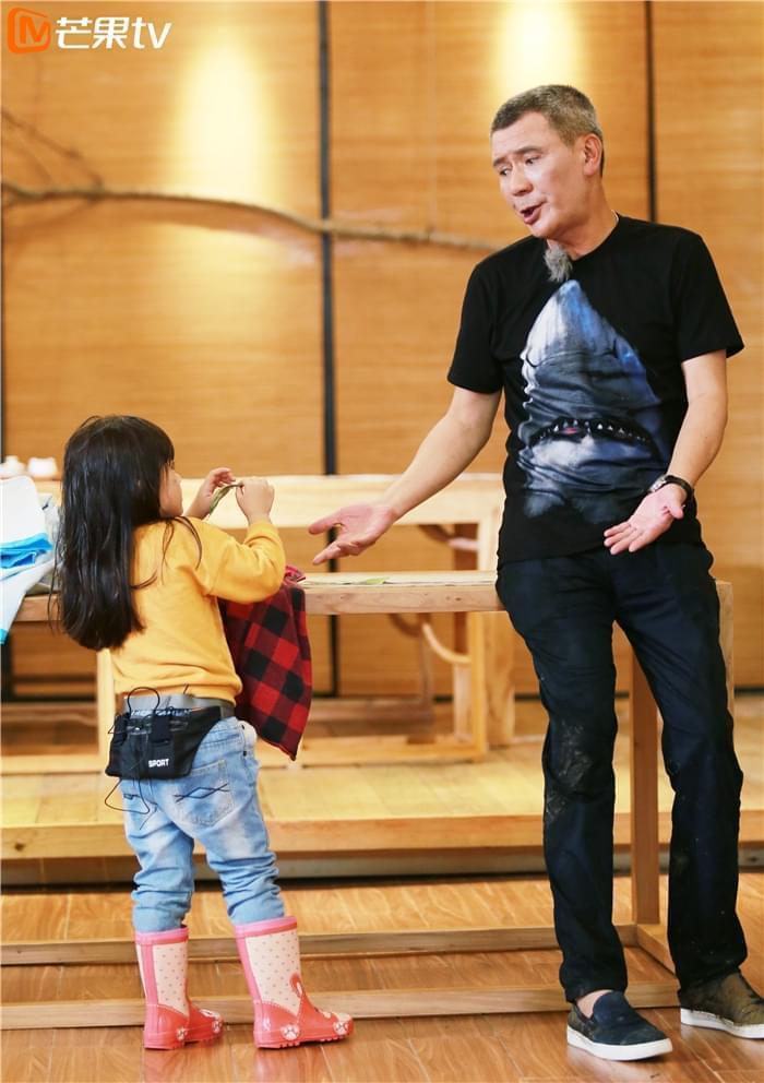 《宝贝的新朋友》谢贤称有孙就不想儿子谢霆锋