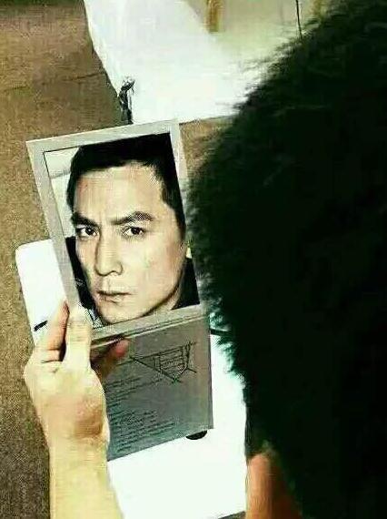 我好久没照镜子了!
