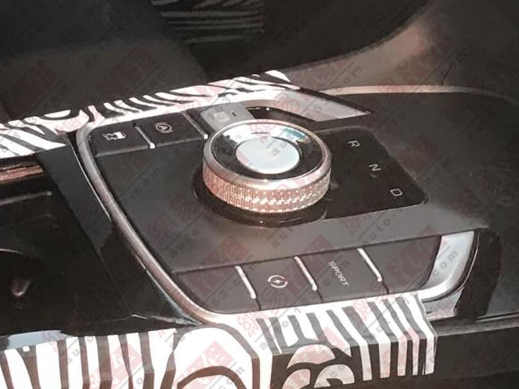 帝豪GS电动版?吉利全新纯电动车谍照