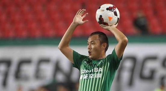 在绿城效力期间,范晓东在亚冠赛场拼杀6场