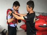 宁波市公安局特警支队开展水上救生训练