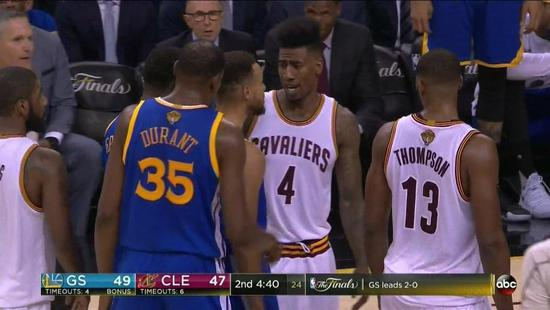 【影片】被擊中腹股溝?Curry對噴騎士悍將  連他都被惹急了